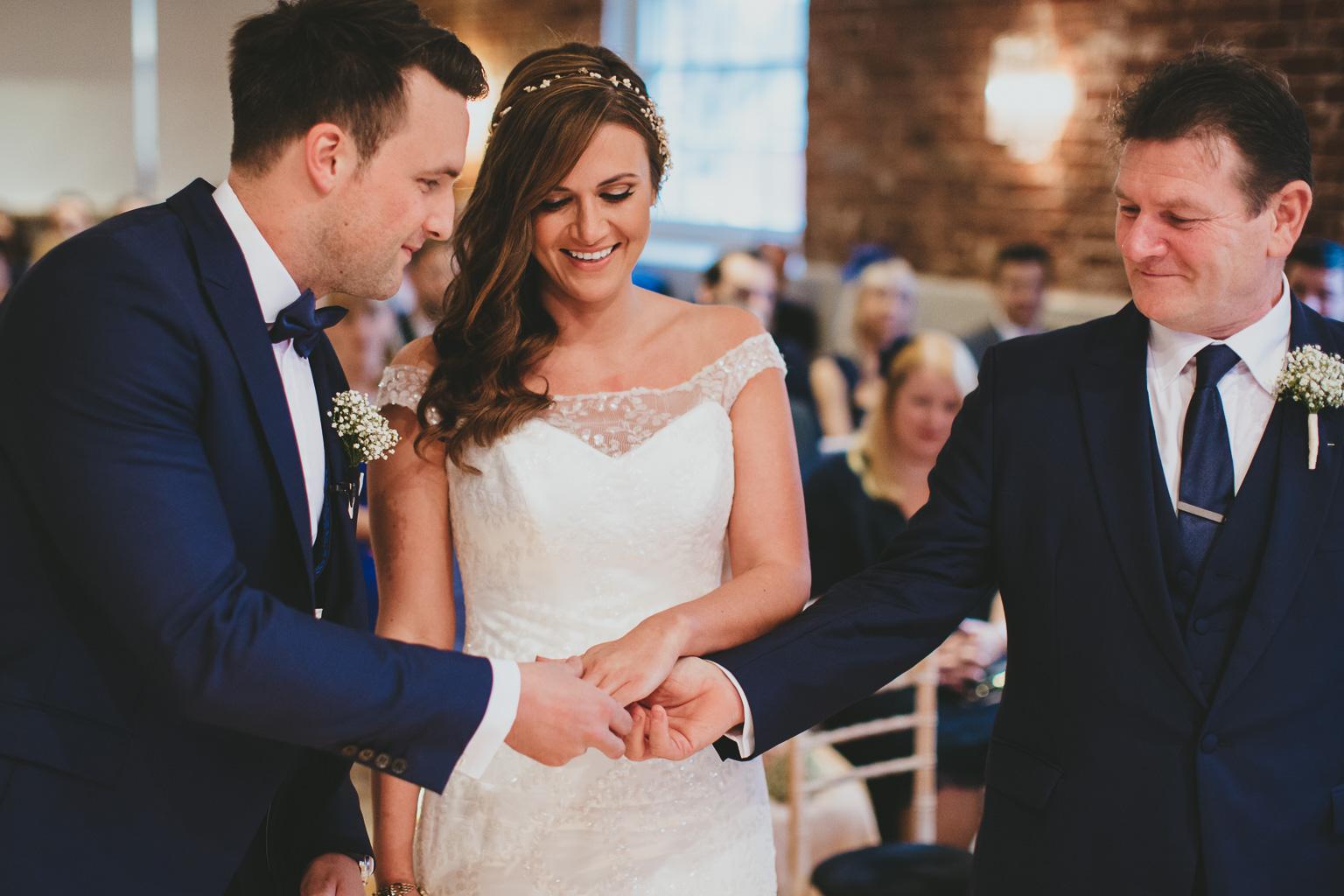 Creative-wedding-photography-00003