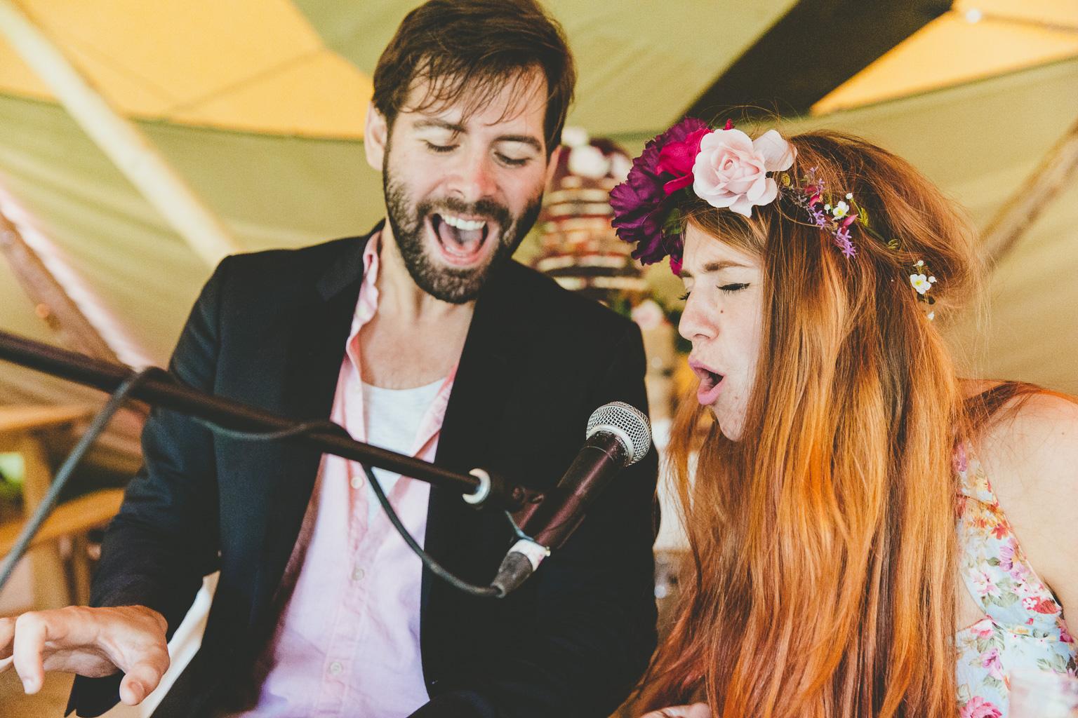 Festival-wedding-photography-00012