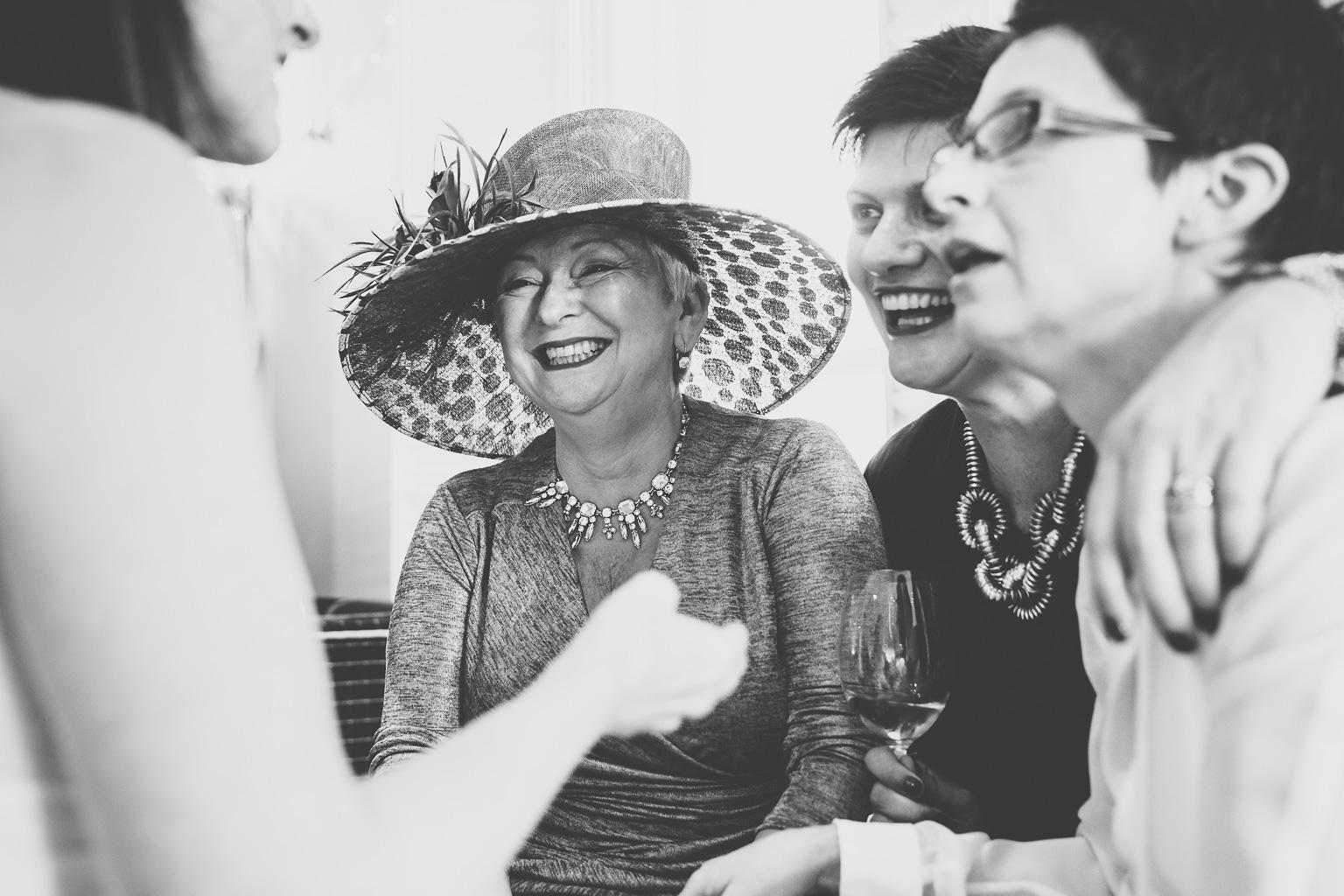 Gay-wedding-photographer-00001