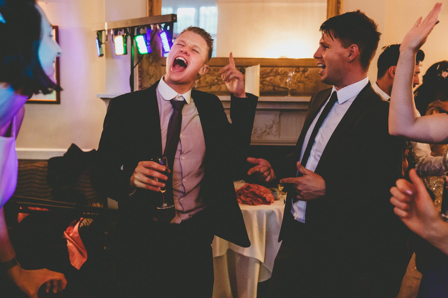 Gay-wedding-photography-00007