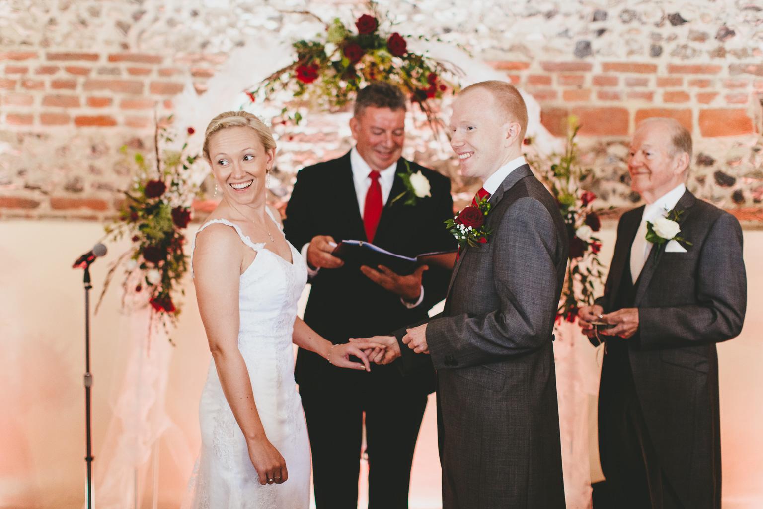 Wiltshire-wedding-photographers-00004