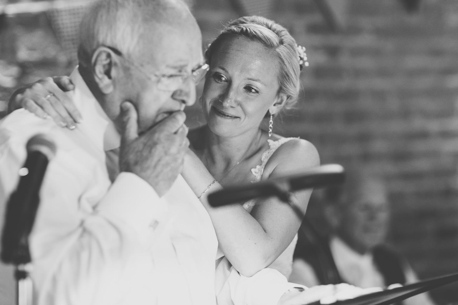 Wiltshire-wedding-photographers-00006