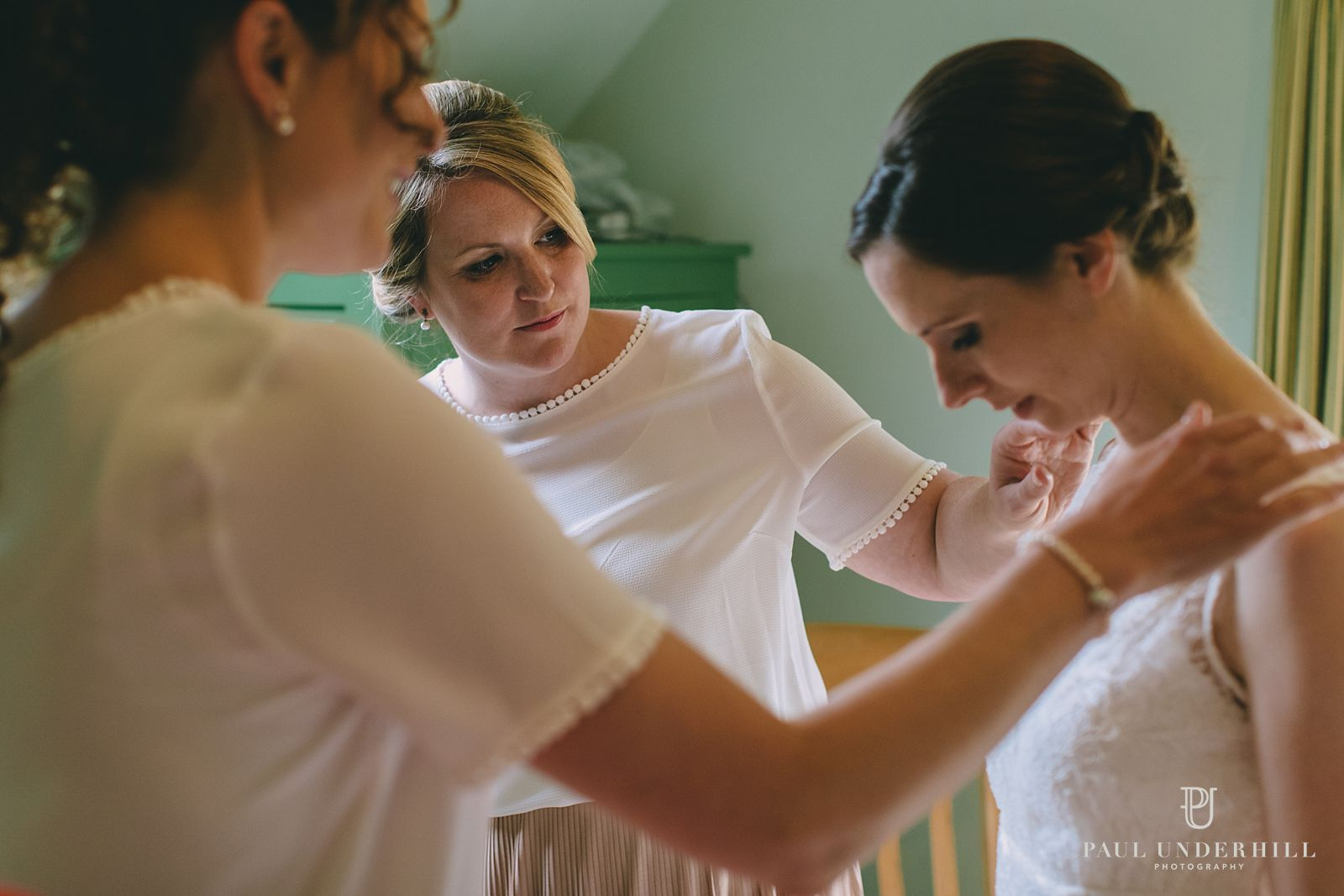 Bride gets ready for wedding in Dorset