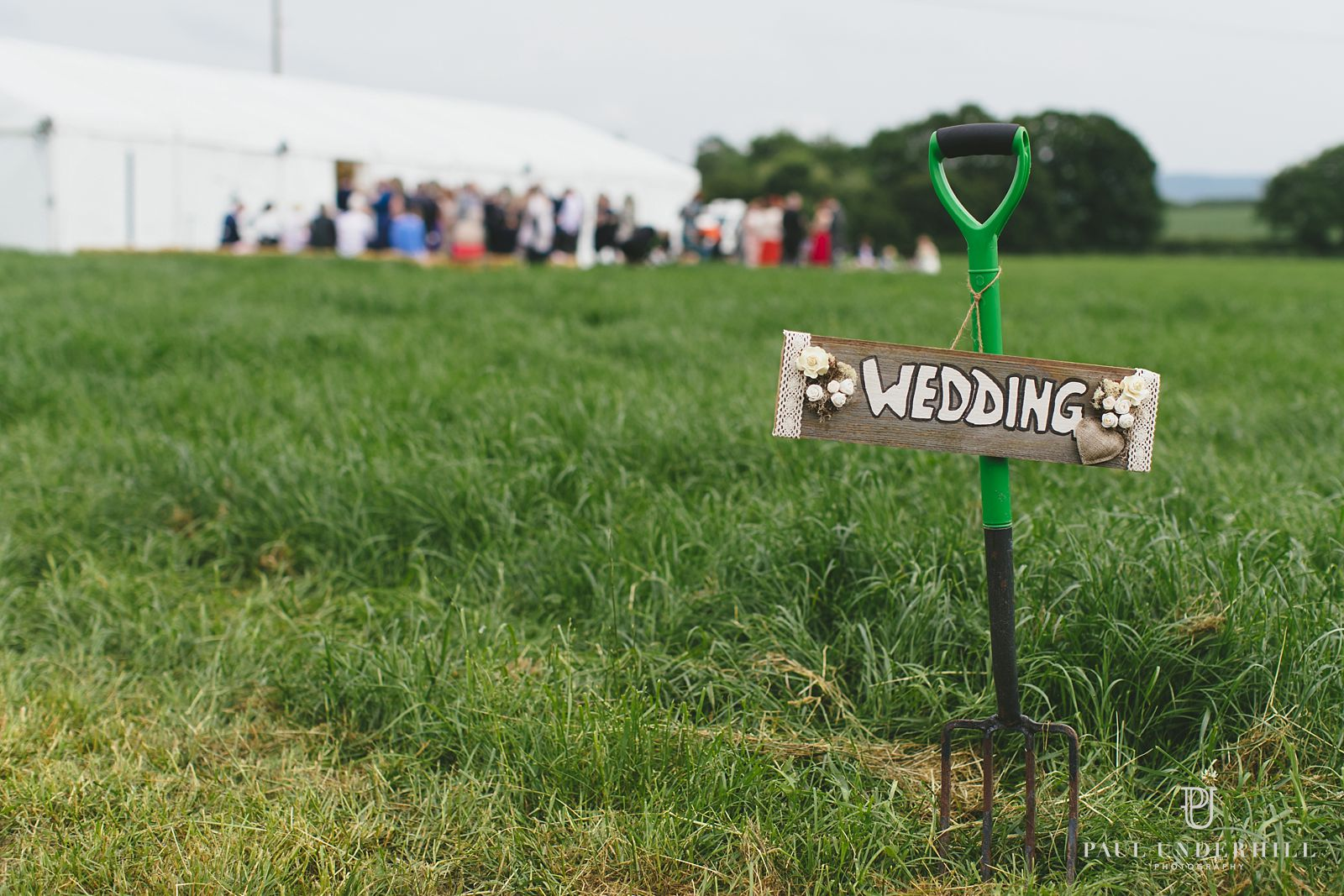 Farm wedding in Dorset