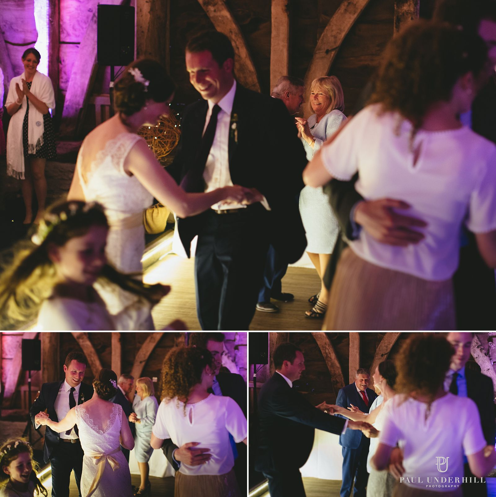 Reportage photography wedding guests dancing