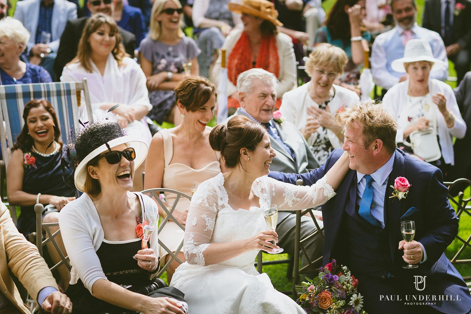 Bride and groom reportage photo