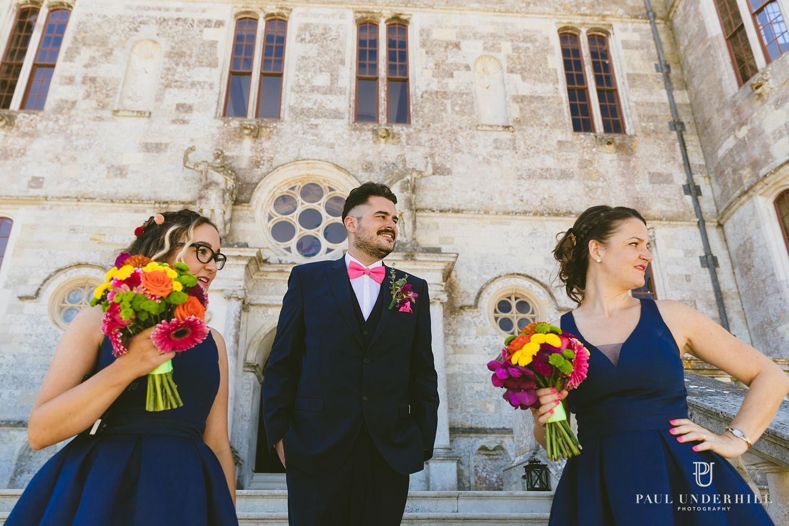 bridesmaids-outside-lulworth-castle