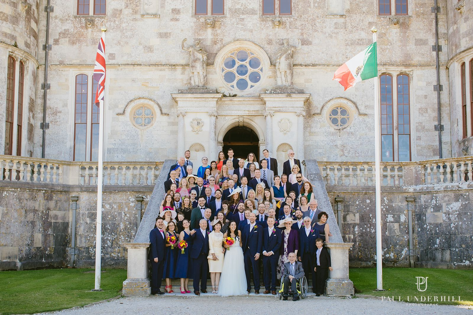 group-photos-on-steps-at-lulworth-castle