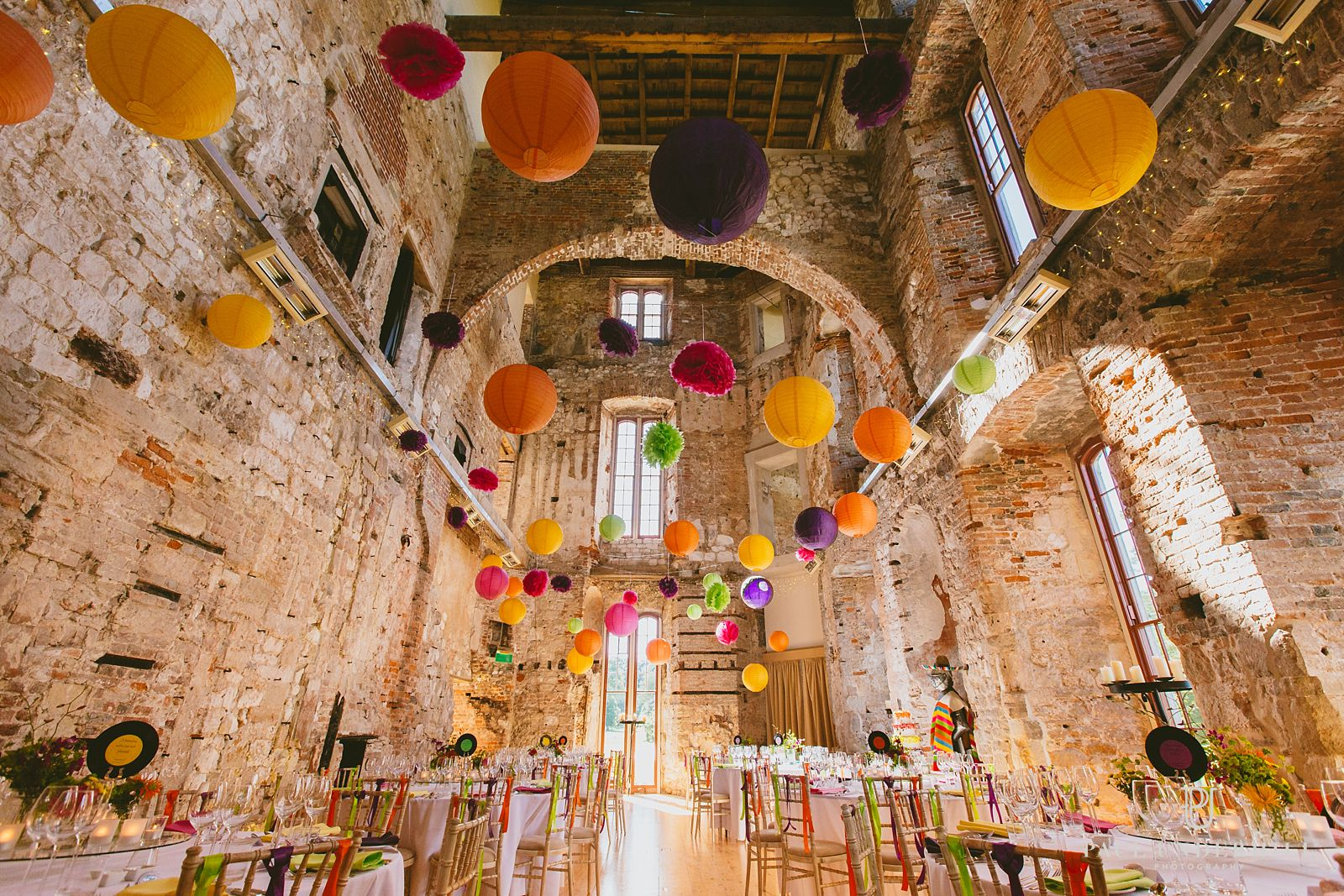 lulworth-castle-bright-colours-wedding