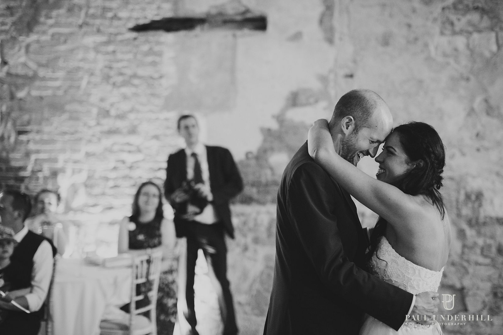 lulworth-castle-wedding-first-dance