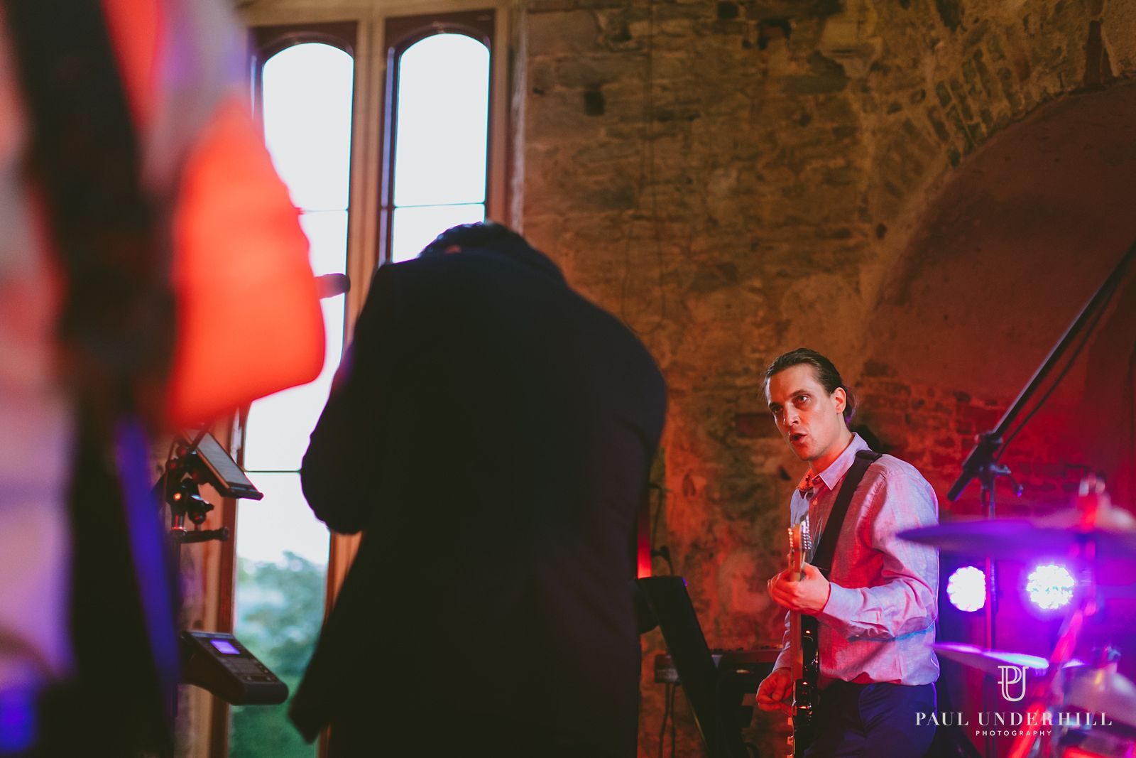 the-guilty-pleasures-wedding-band-at-lulworth