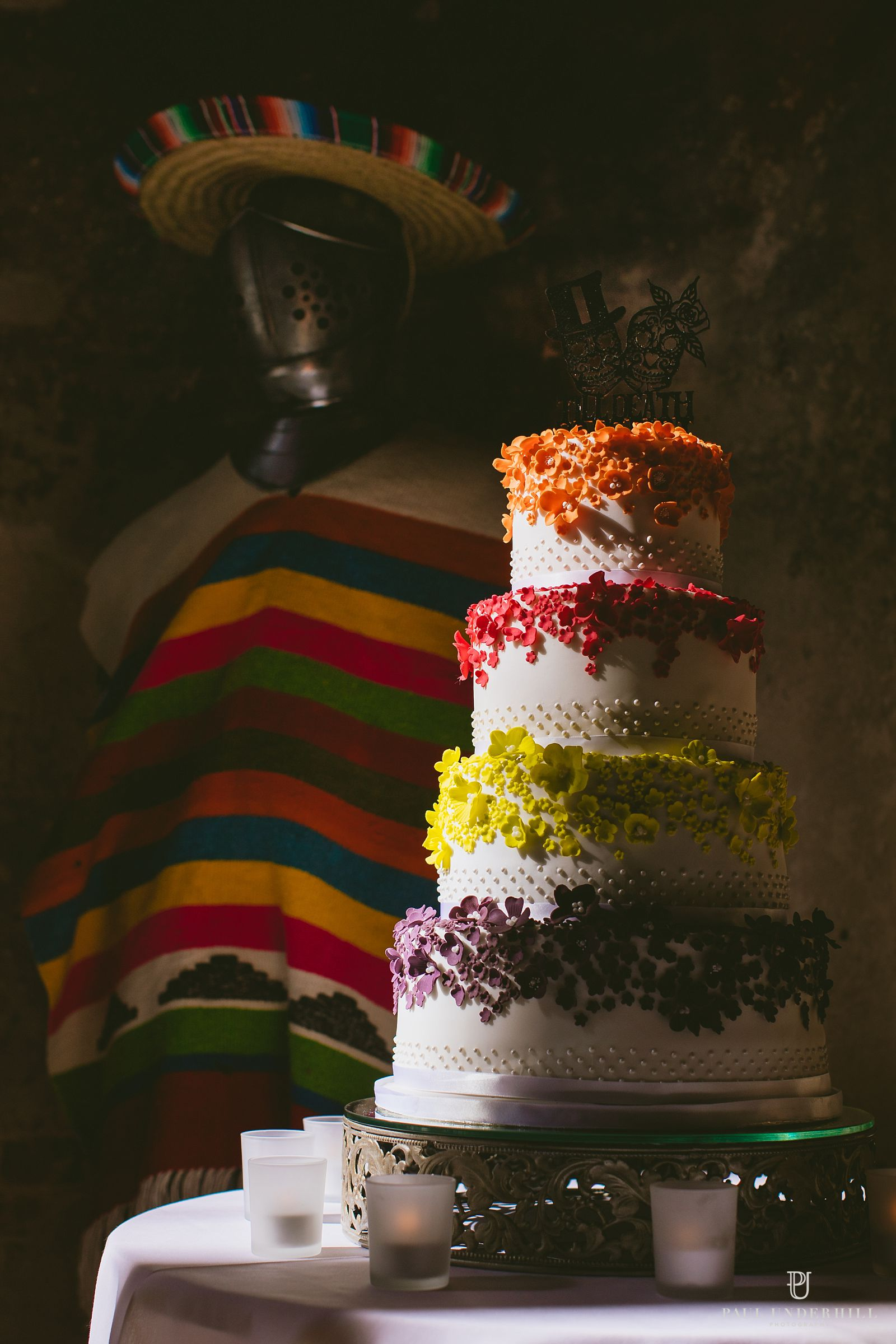 wedding-cake-at-lulworth-castle