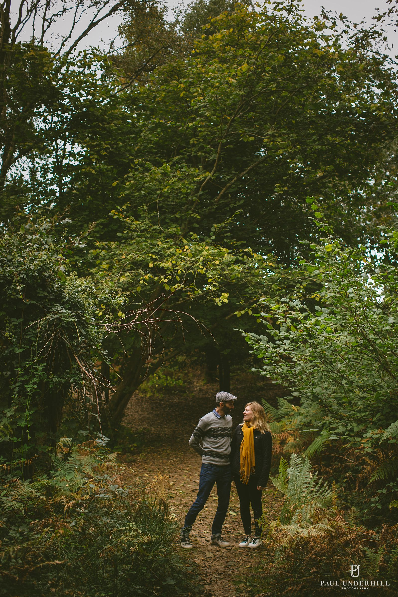 autumn-pre-wedding-photography