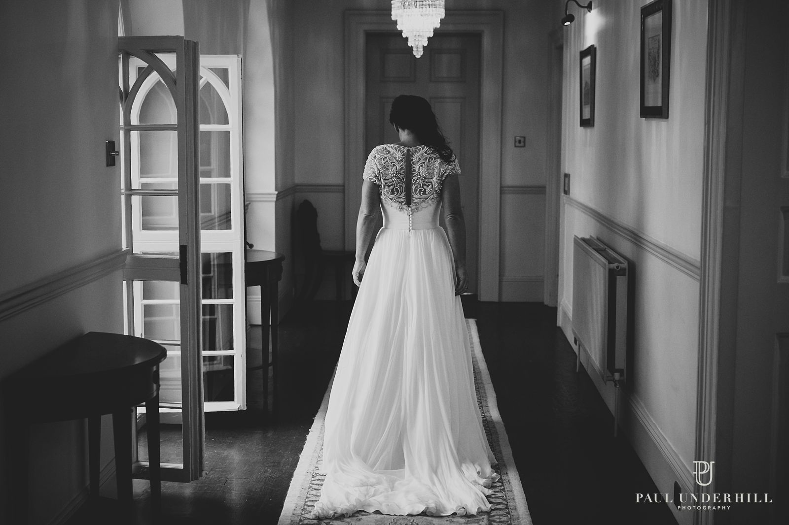 creative-bride-portrait-at-penn-castle