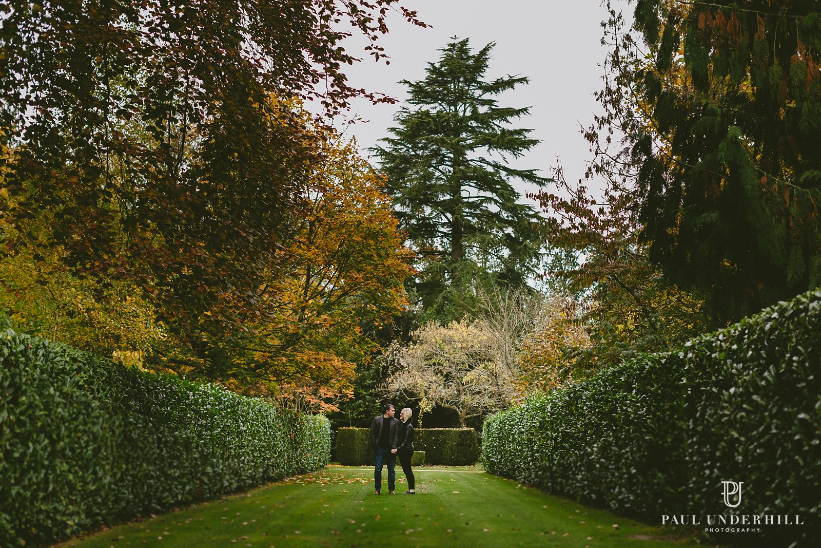 larmer-tree-gardens-pre-wedding-shoot