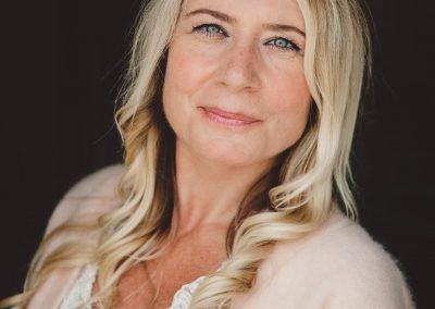 Portrait photographer women writer entrepreneur